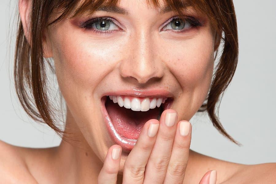 Cómo rejuvenecer el rostro con tratamientos faciales